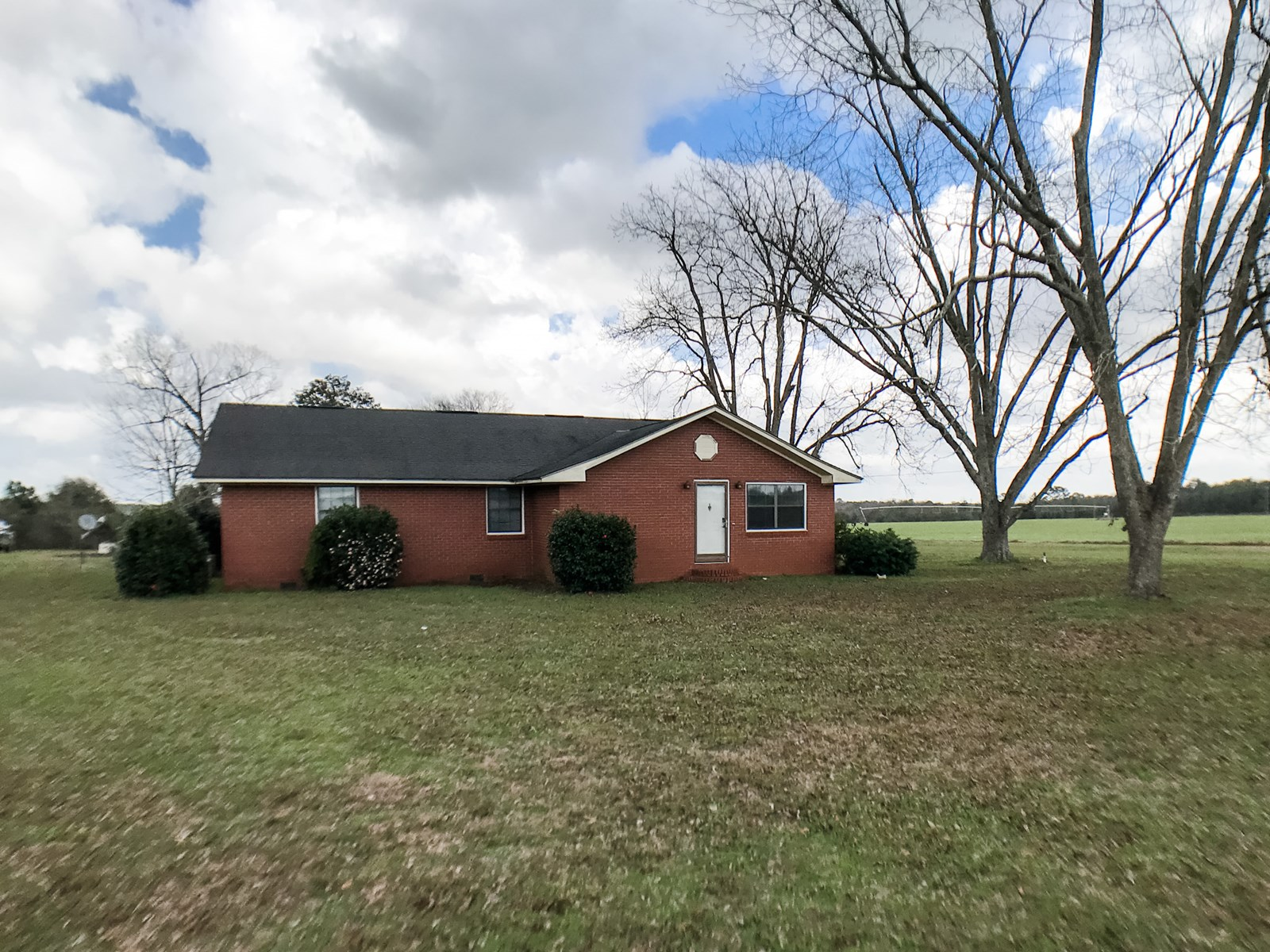 Country Home for Sale with Land in Coffee Springs, Alabama