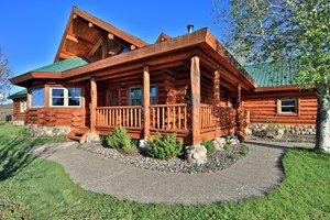 LOG HOME IN COLORADO WITH IRRIGATION AND INCOME GUEST HOUSE