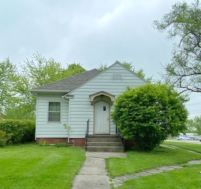 House For Sale in Mount Ayr Iowa