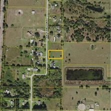 1/2 Acre building lot in South Desoto County!