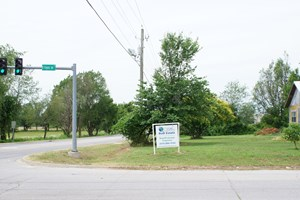 COMMERCIAL PROPERTY - SILOAM SPRINGS