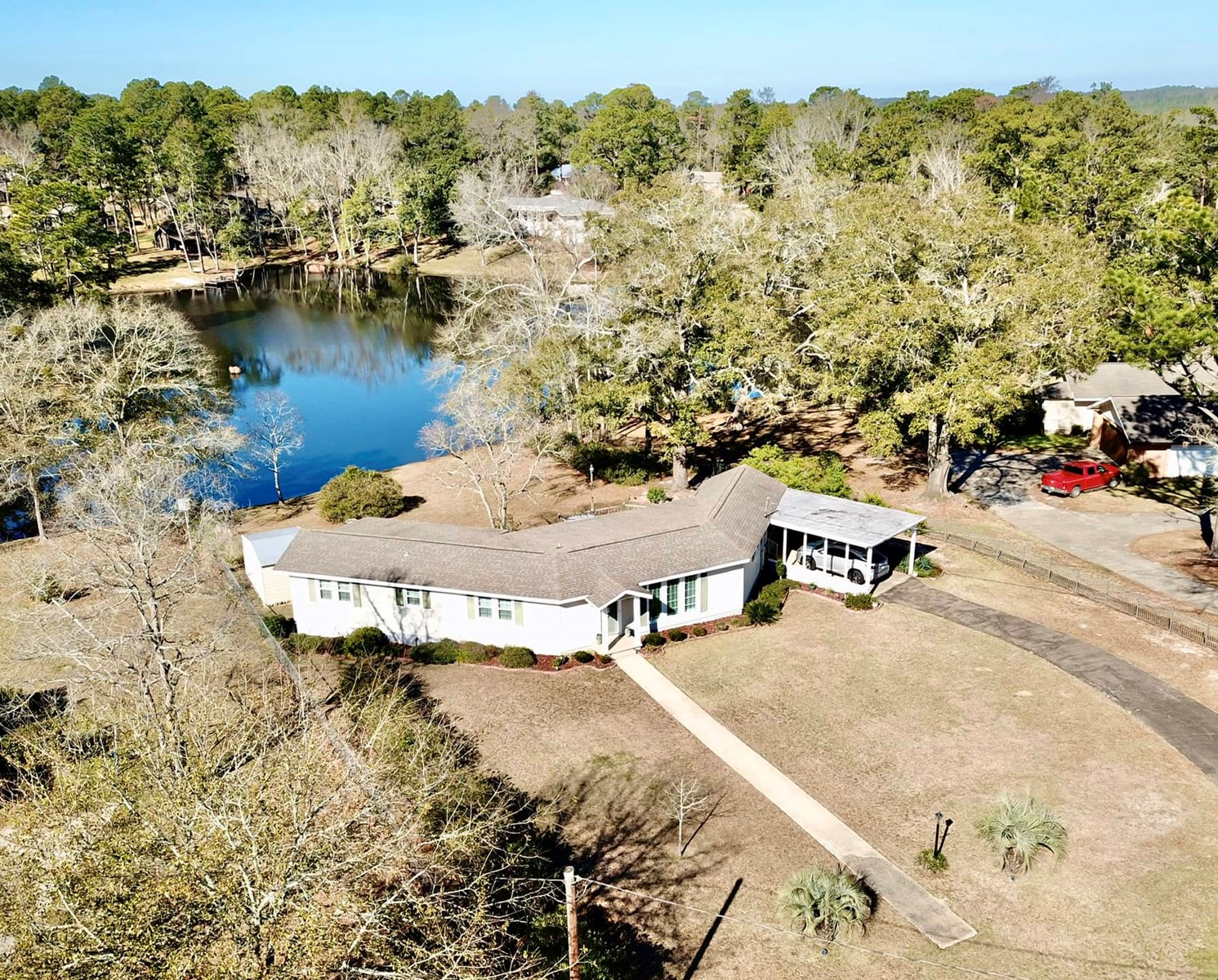 Lake Home for Sale - Geneva Alabama - Furnished & Remodeled