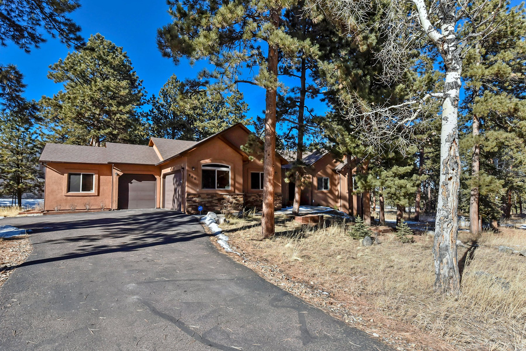 Home For Sale in Woodland Park, CO