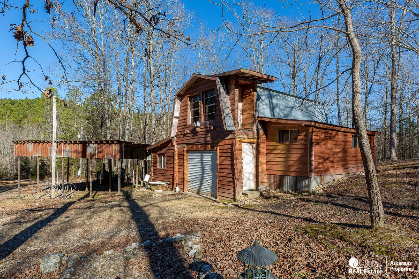 Land with Cabin for Sale in Arkansas