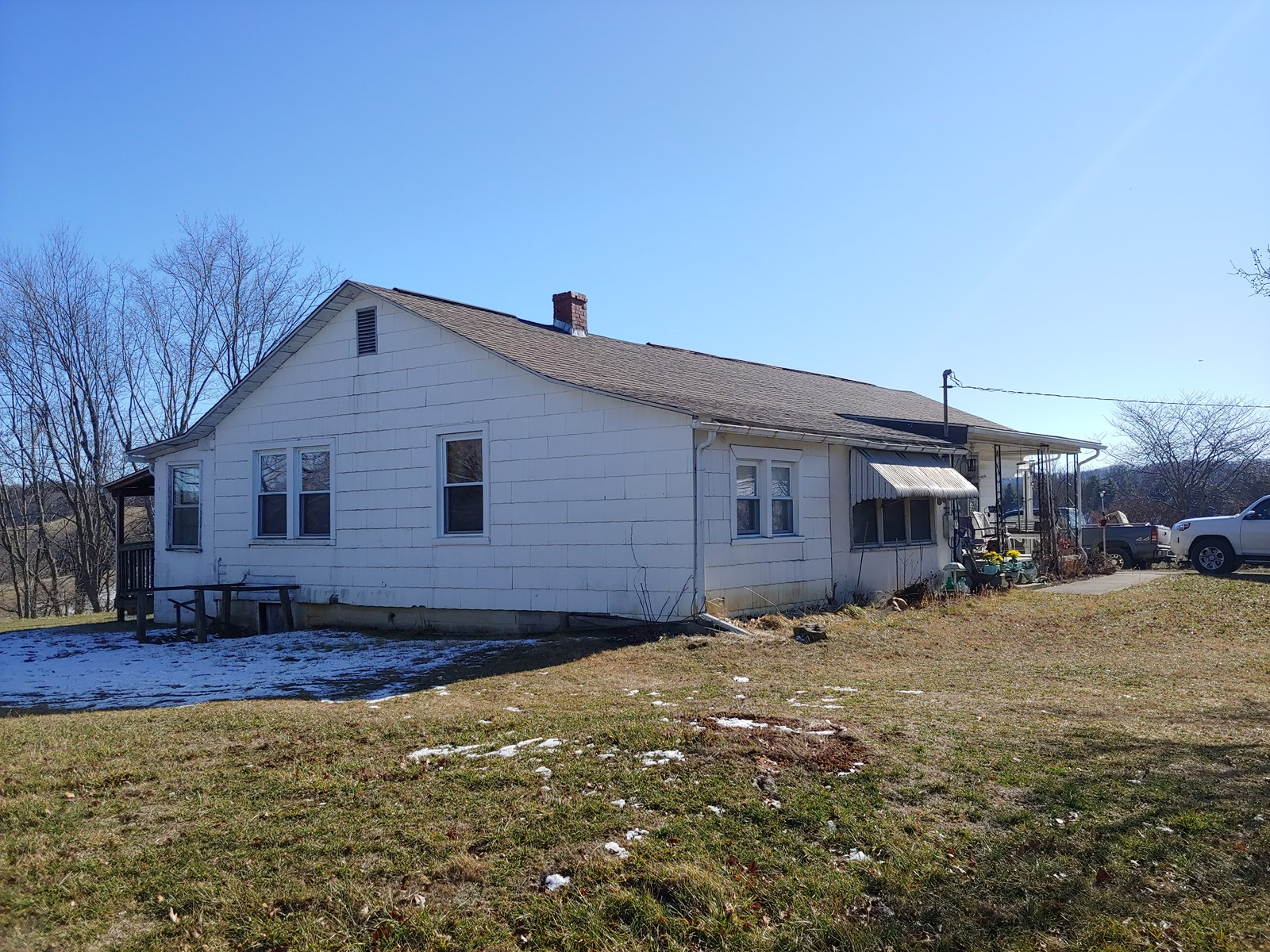 Country Home and Farmland for Sale in Riner, VA!