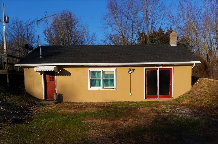 HOME ON 2.5 ACRES FOR SALE IN FRISTOE MO. NEAR TRUMAN LAKE