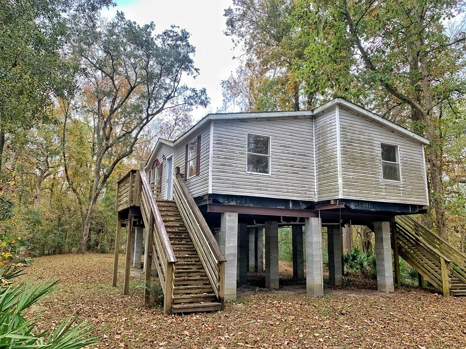 SUWANNEE RIVER WATERFRONT HOME Live Oak Florida