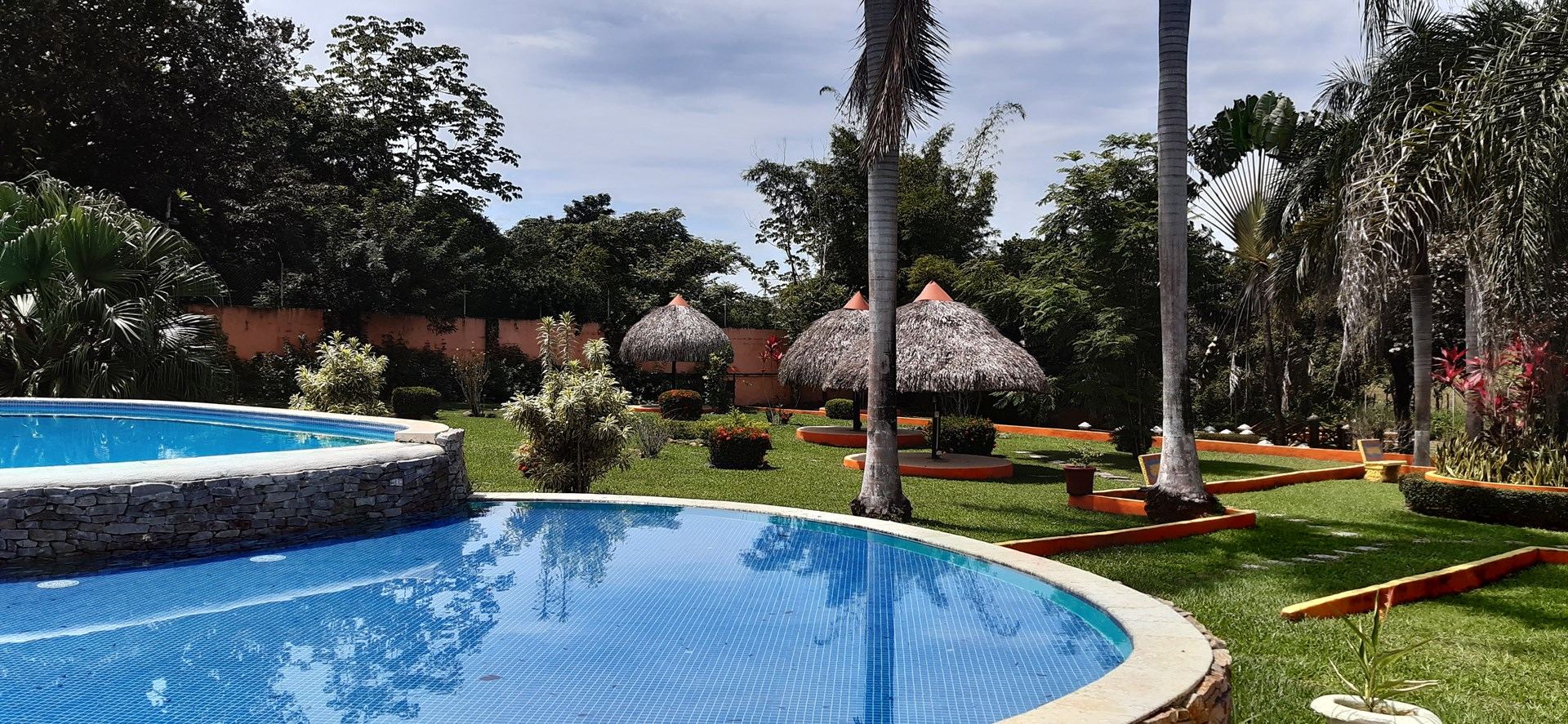 CHEAP 2 BEDROOM HOUSE FOR RENT COCLE ANTON