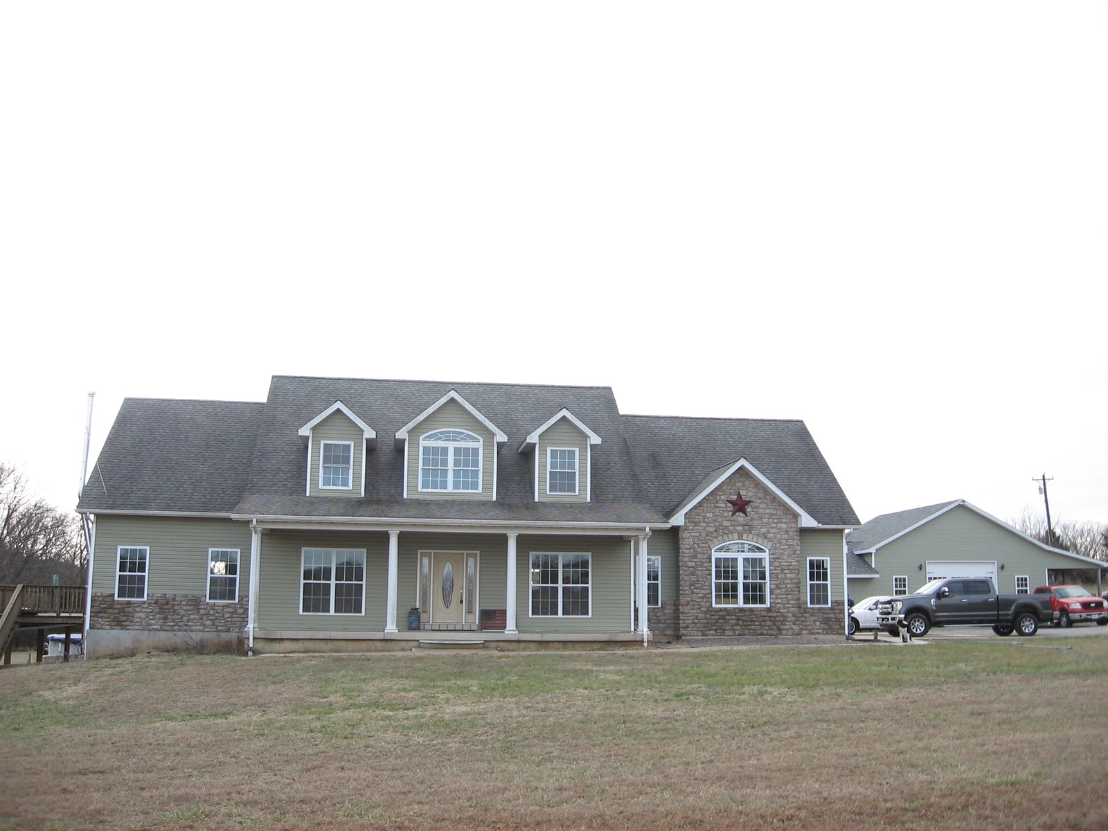 CUSTOM BUILT 4-BR, 3-BA COUNTRY HOME ON 7 ACRES:
