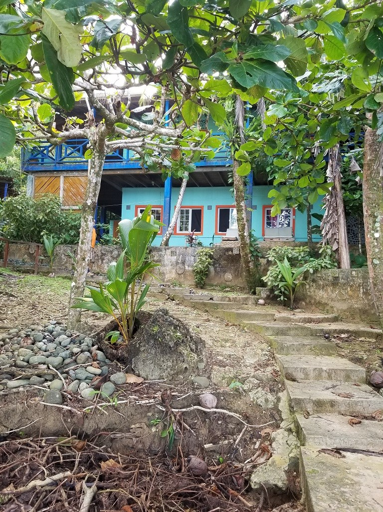 Titled Paunch Beach house, Bocas del Toro, Panama