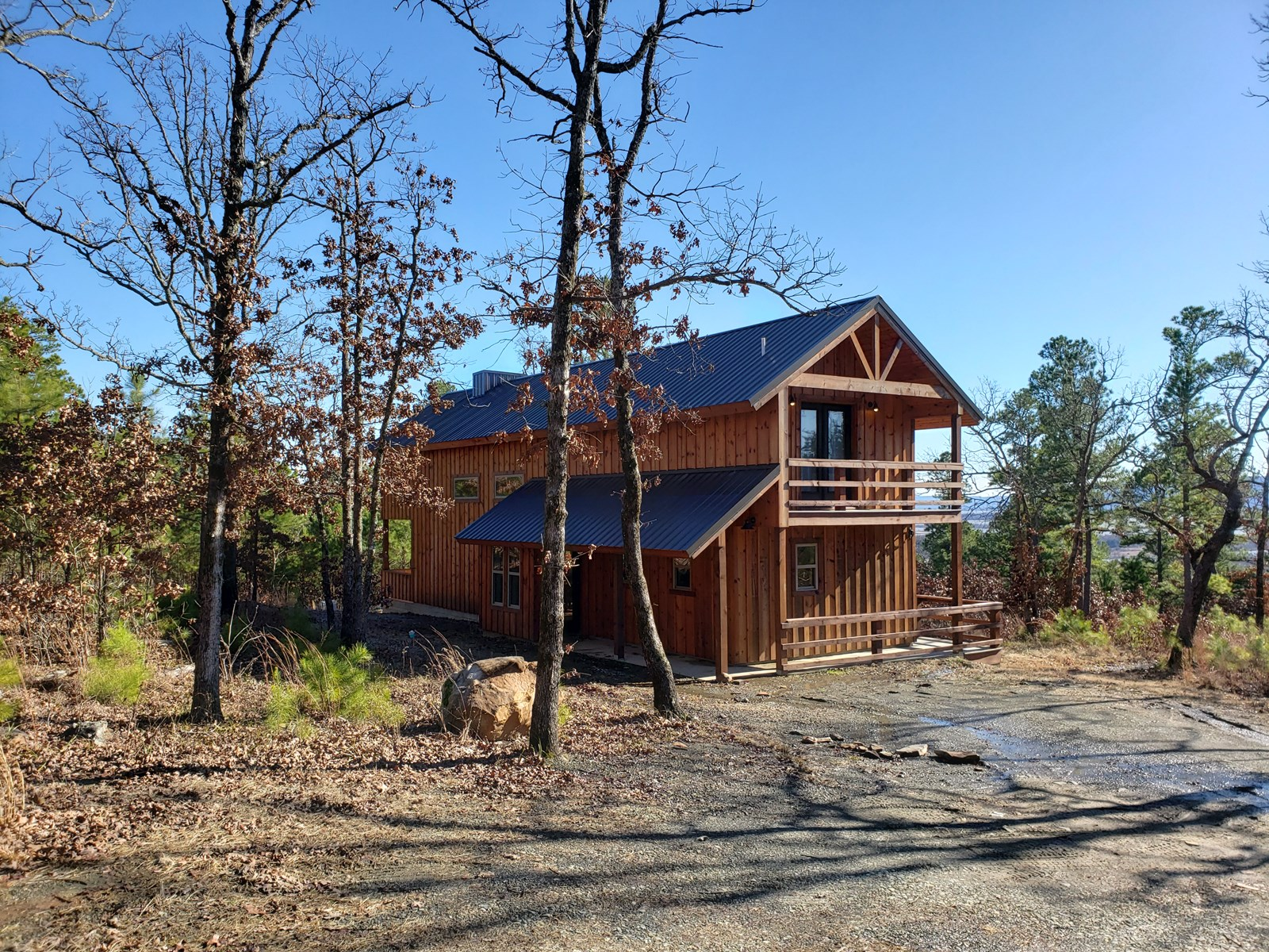 Income Producing Recreational Cabin at Sardis Lake
