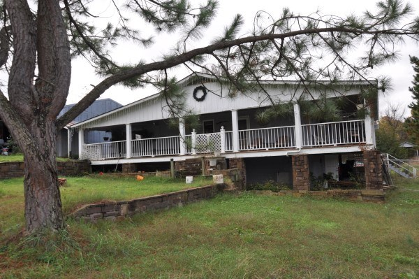 POTEAU, OKLA COUNTRY HOME ON 15 ACRES WITH SHOP FOR SALE