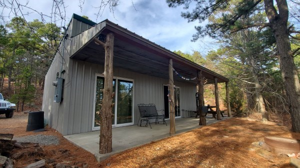 OKLAHOMA RECREATIONAL HUNTING CABIN FOR SALE