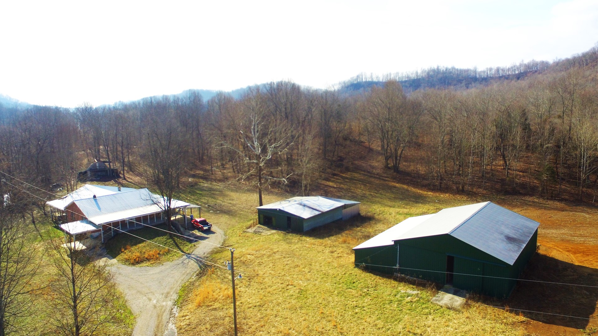 FIXER-UPPER W/ACREAGE-BARNS-CLEARED & WOODED LAND-LIBERTY KY