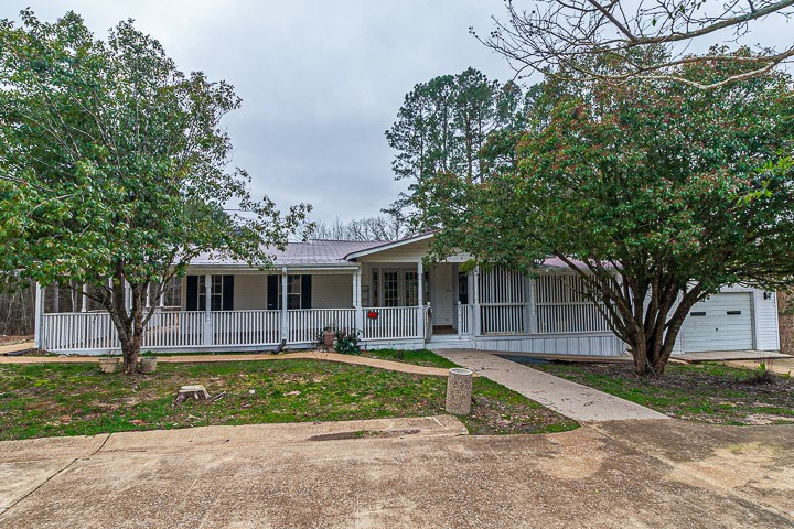 Mobile home on 5.52 Acres in McNairy County; Ammons Rd.