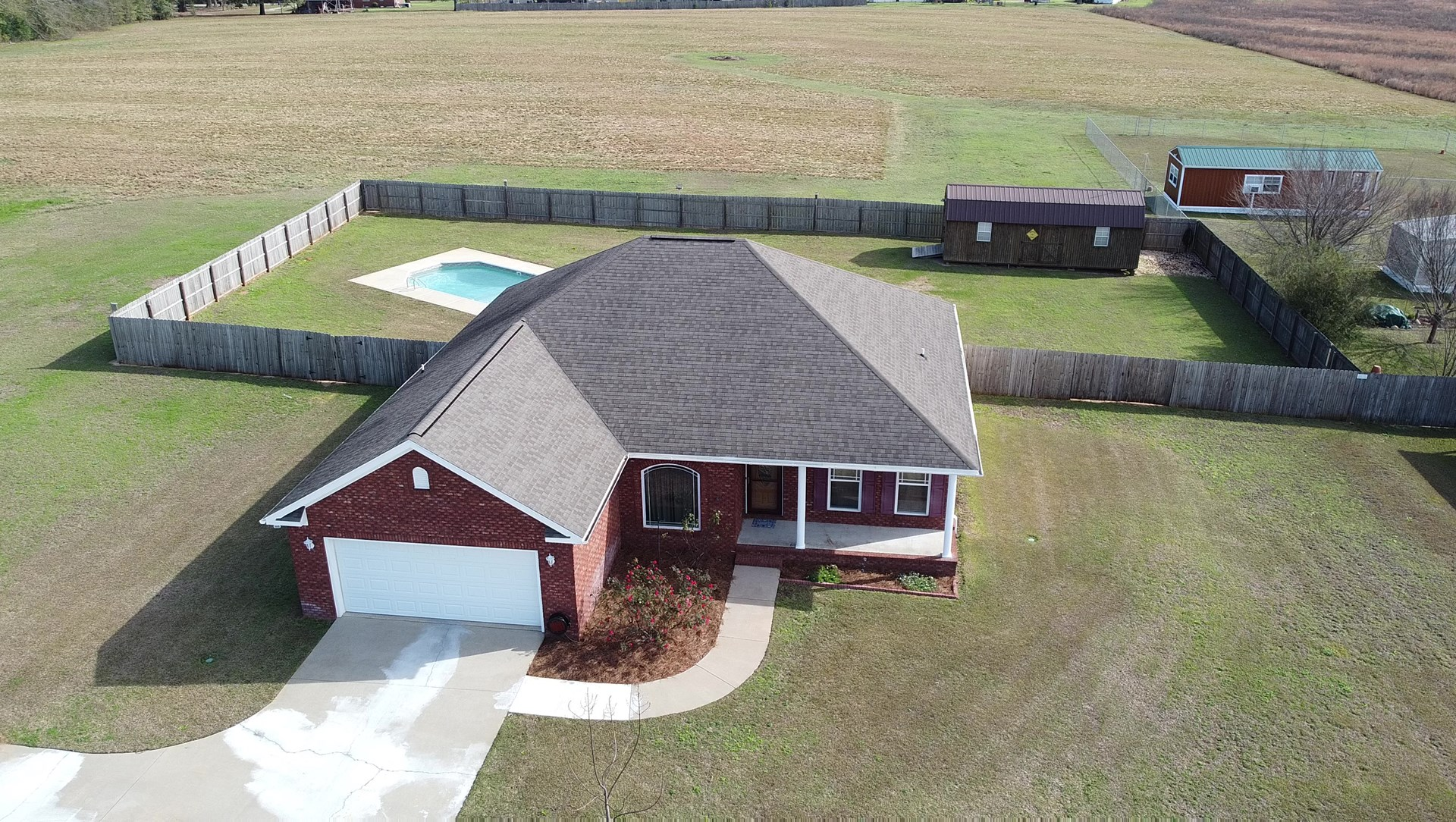 Country Home for Sale w/ Pool & Workshop in Chancellor, Al