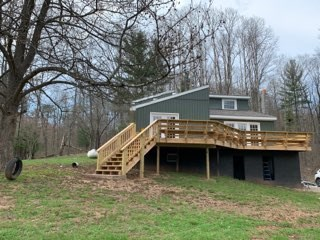 WOW....CHECK THIS BEAUTIFUL PRIVATE WV HOME OUT!