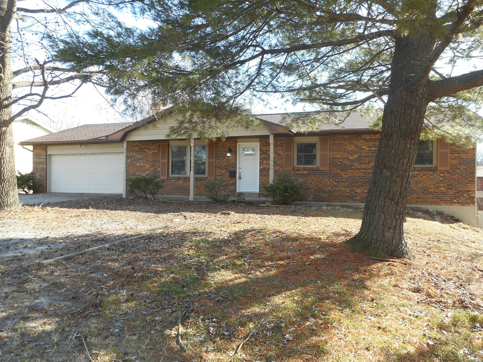 For Sale 3 Bedroom 2.5 Bath House in Cape Girardeau MO.