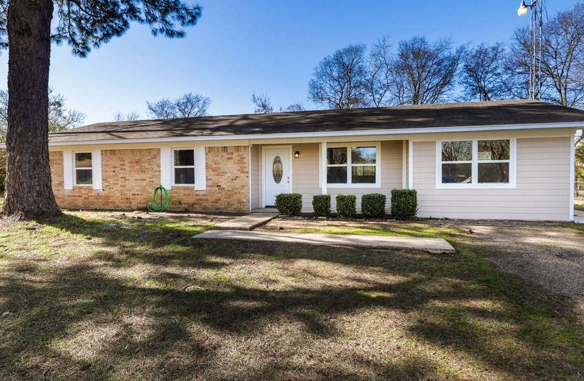 3 BEDROOM 2 BA UPDATED HOME FOR SALE TYLER TX WHITEHOUSE ISD