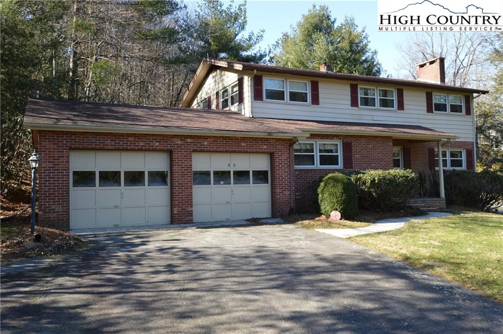 Great Home in the Heart of Roaring Gap
