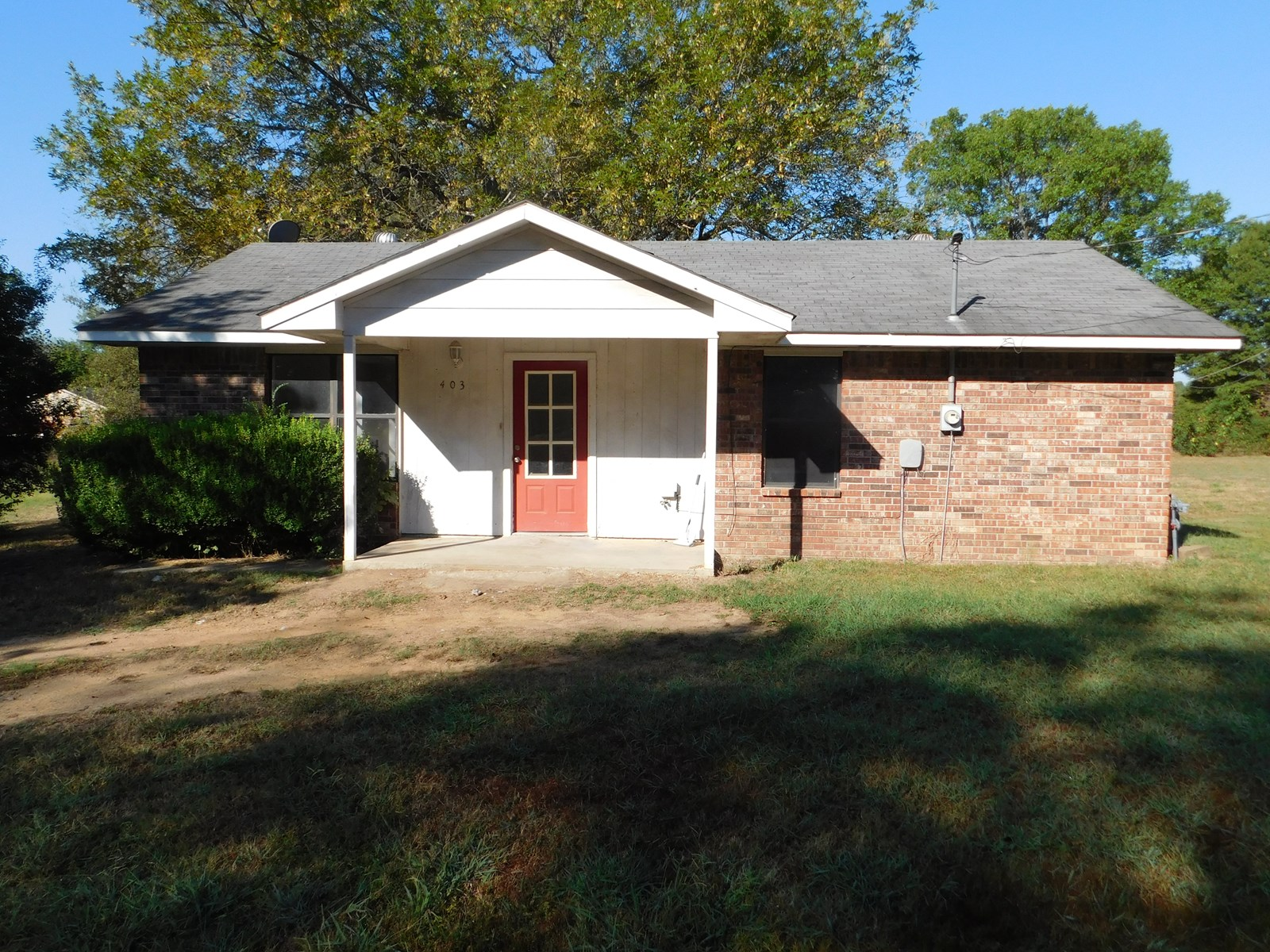 SMALL FAMILY HOME, INVESTMENT PROPERTY, GREAT STARTER HOME