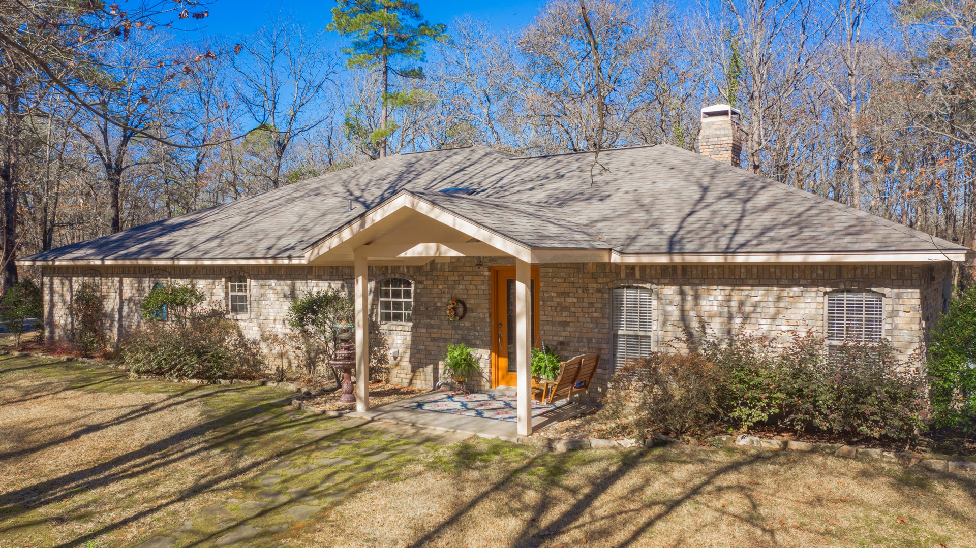 COUNTRY HOME EAST TEXAS 4 WOODED ACRES GATED PRIVATE HAWKINS