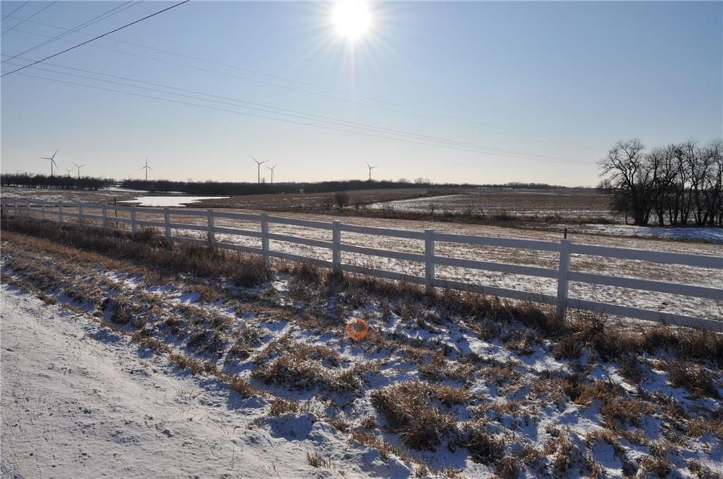 4+/- Ac, Building Potential, just South of Town along Hwy