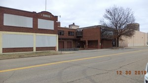 WAREHOUSE INDUSTRIAL COMPLEX FOR SALE TOPEKA KS
