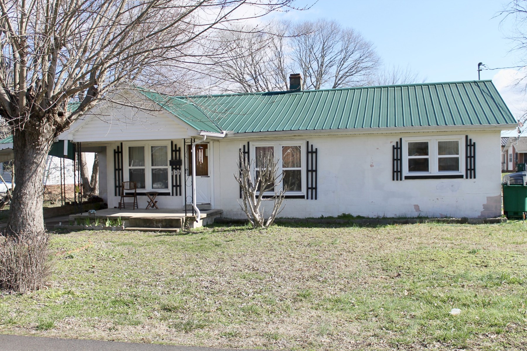 Renovated Ranch Style Home for Sale, in Hohenwald, Tennessee