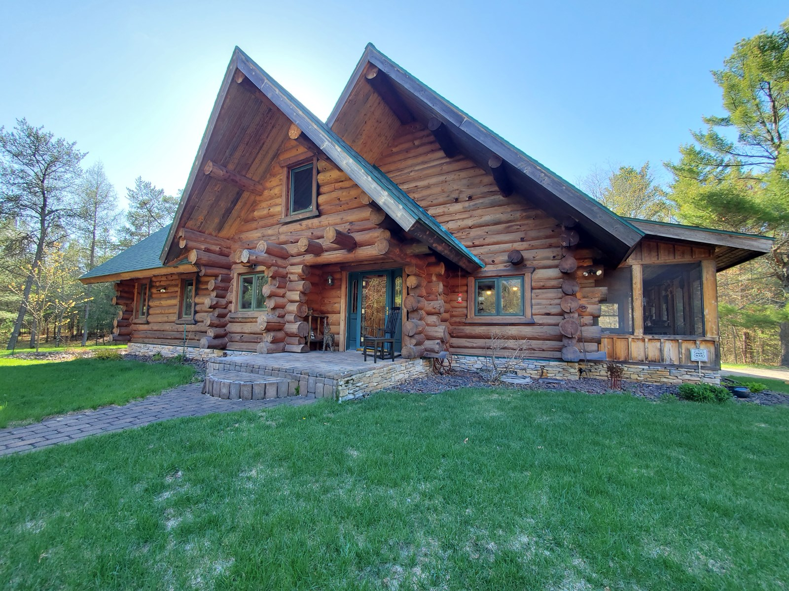 Secluded log cabin in the woods discovered!