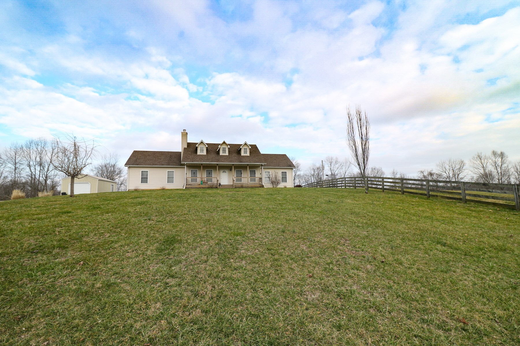 Hobby Farm, Country home and barn, w/ hunting for sale in KY