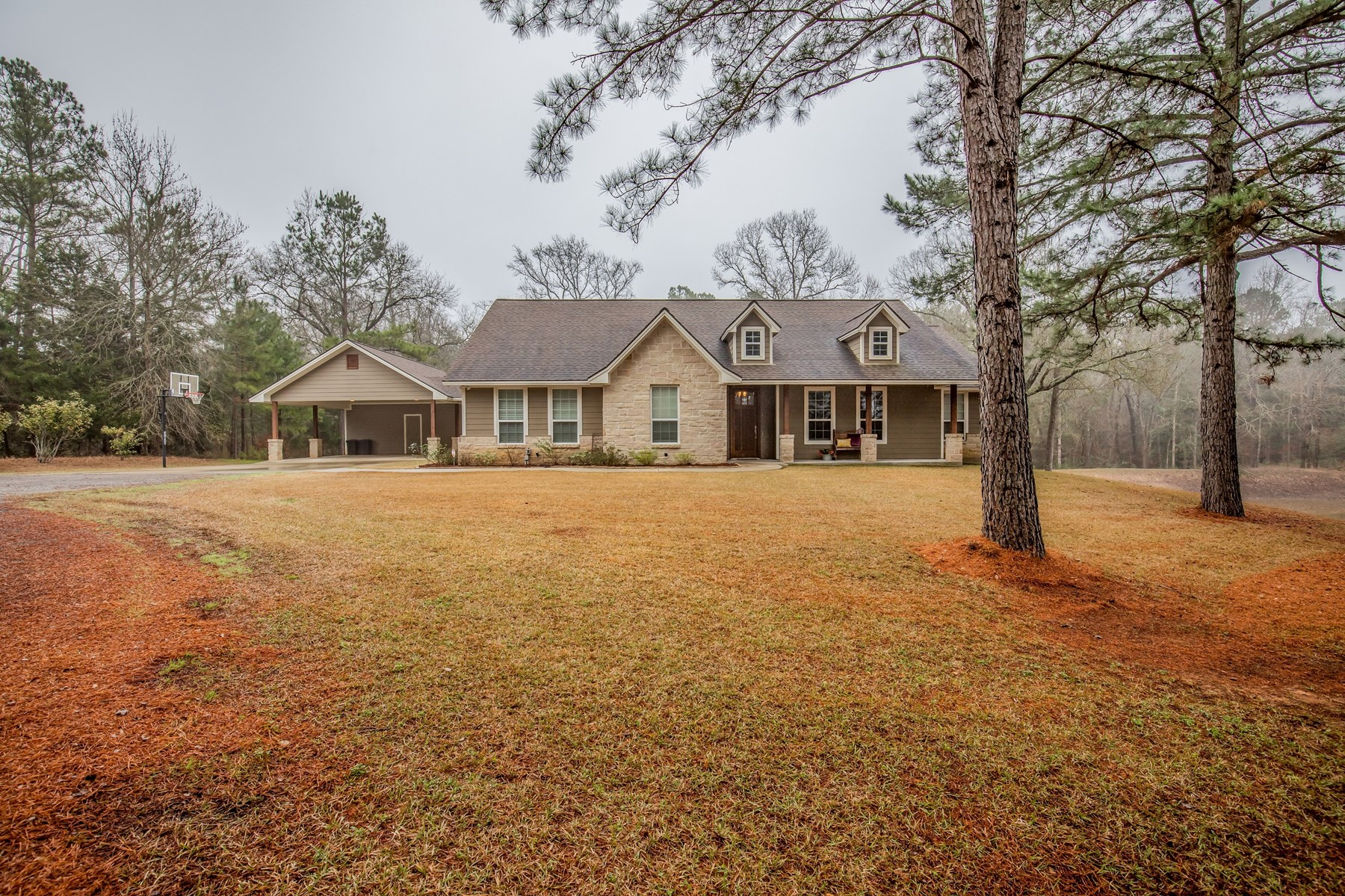 Beautiful Country Home on Acreage