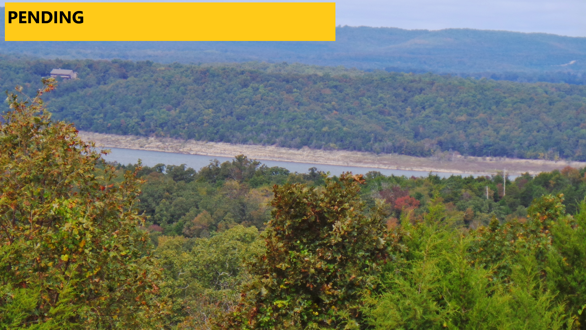 8 AC OVERLOOKING BULL SHOALS LAKE—AND BEYOND!! FOR SALE
