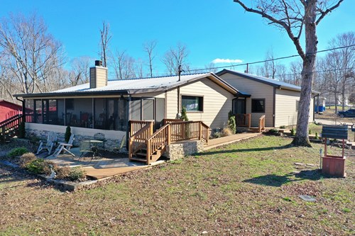 Beautiful home by the Tennessee River For Sale!