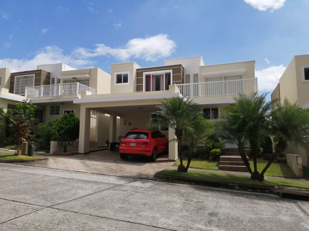 HOUSE FOR SALE IN PH BRISAS POINT PANAMA