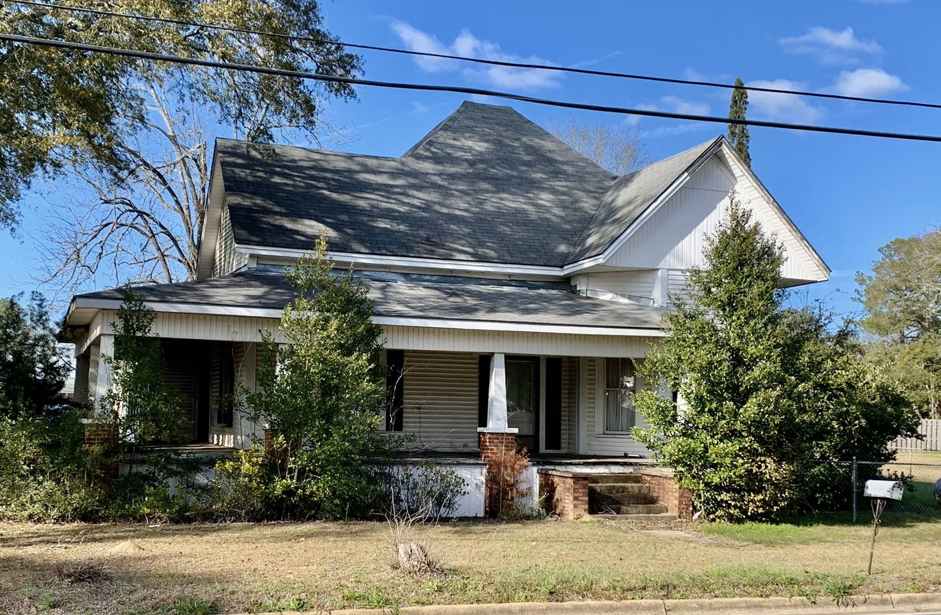Older Southern Home Hartford Alabama - Geneva County