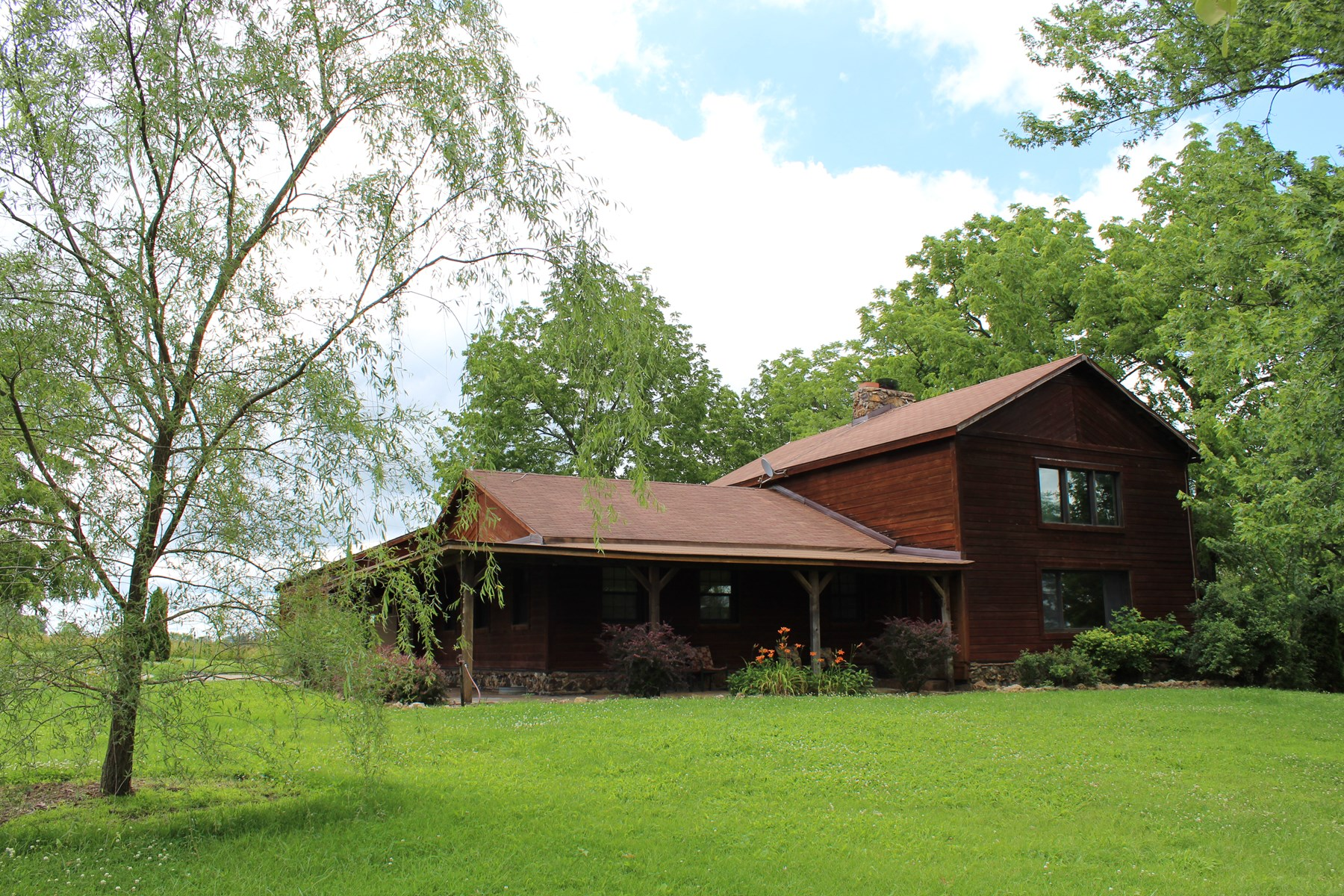 Rustic Home on Acreage with Creek For Sale in Southern MO