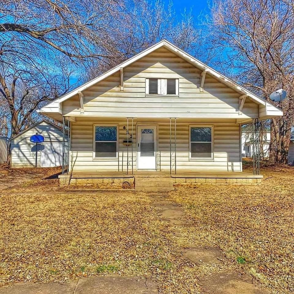 Newkirk Okla. Home for Sale, Investment Income Opportunity