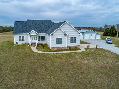 Perfect Home With Gorgeous Views In Southern VA