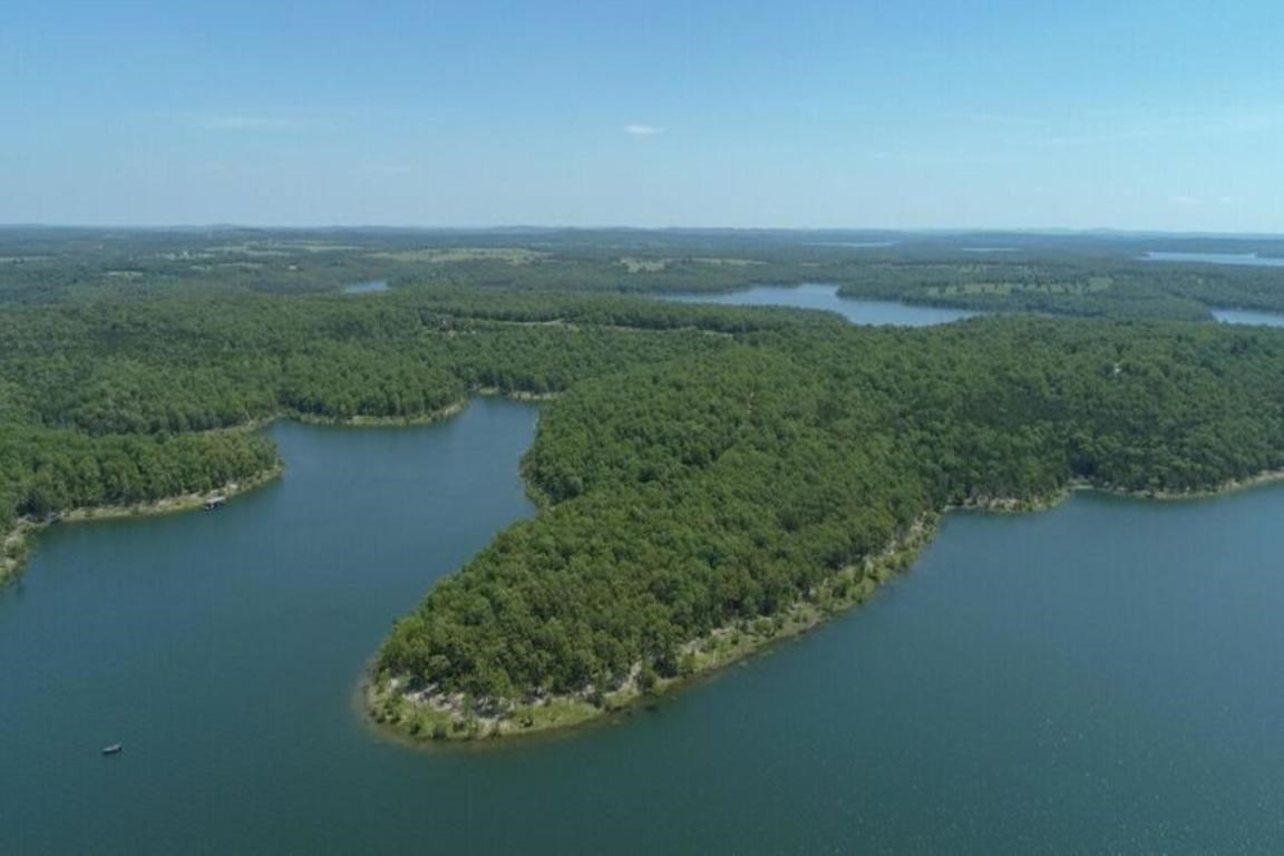 Spacious Lots in Bull Shoals & Lakeshore Acres in Protem, MO