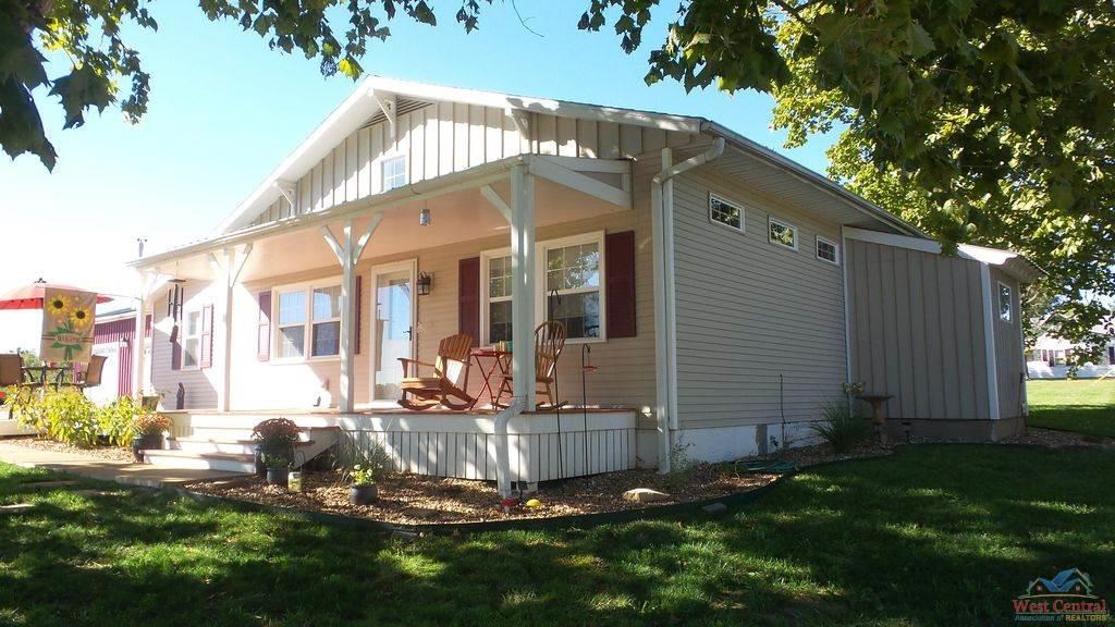 3 Bed 2 Bath Home For Sale, Windsor Mo