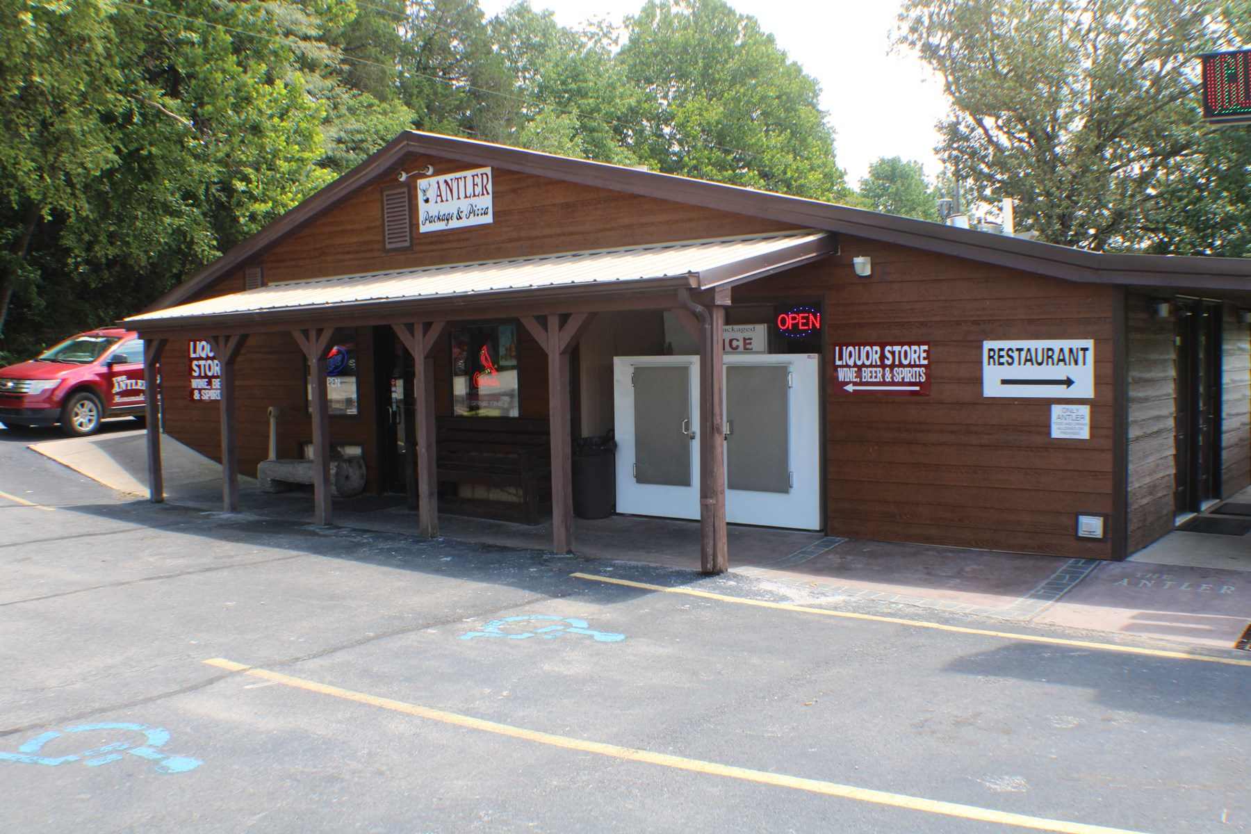 Turnkey Restaurant & Bar For Sale in Ozark County, MO