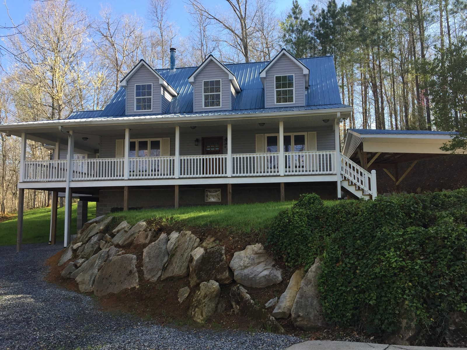Custom Home in the country for sale in Centerville, TN