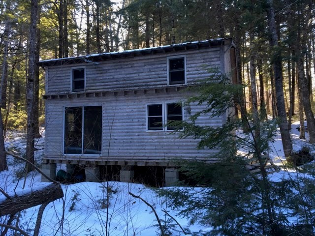 Lakefront Off-Grid Cabin For Sale in Maine