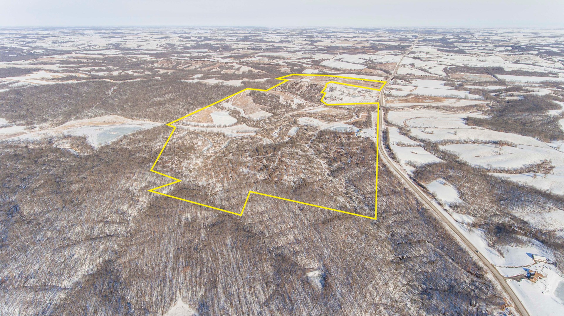 Premier Iowa Trophy Hunting Property & Dream Home