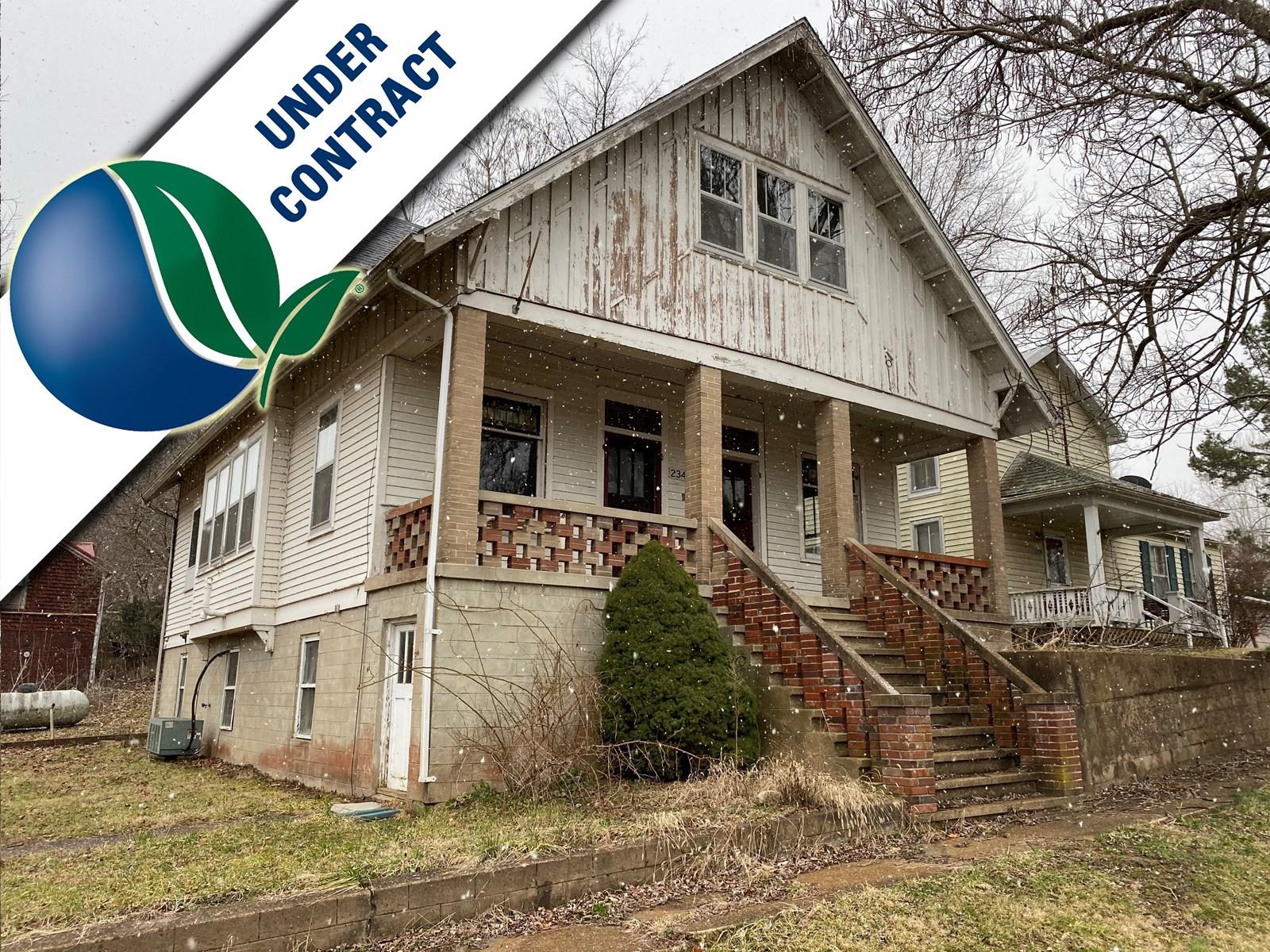 Historic Fixer-Upper Home for sale near Hermann, Missouri