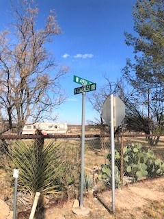 10.14 ACRES GET-AWAY NORTH OF FORT STOCKTON, TX