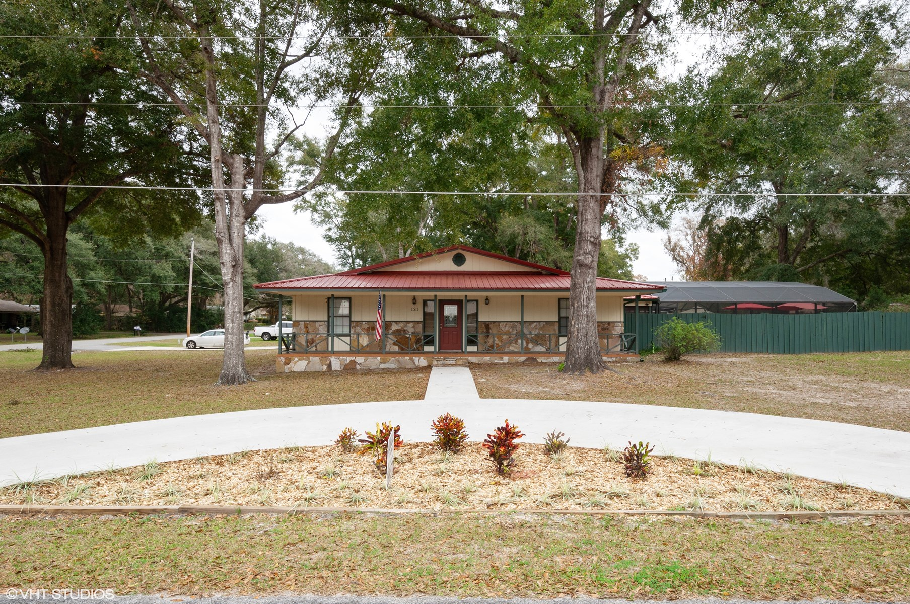 4 BR/3BA HOME WITH POOL FOR SALE LAKE CITY, FL