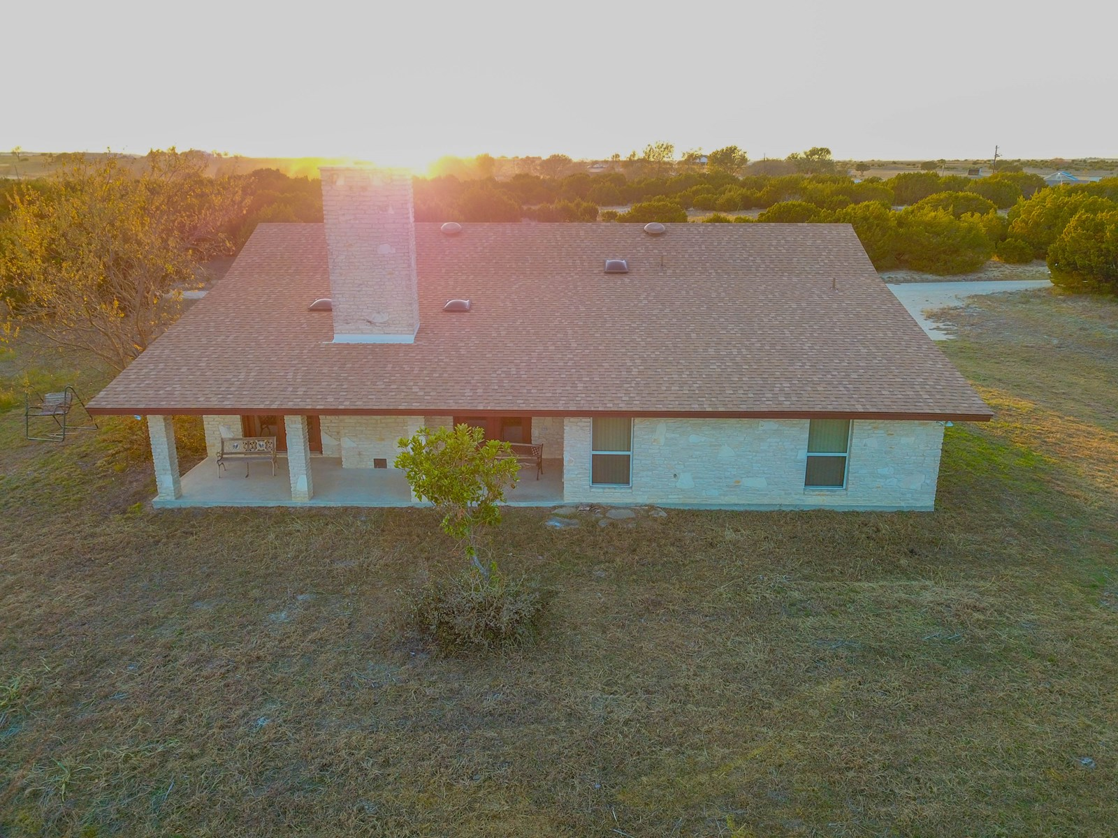 10.5 Acres with Custom Home in Gatesville TX