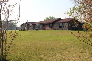 COMMERCIAL PROPERTY FOR SALE IN DOTHAN, AL